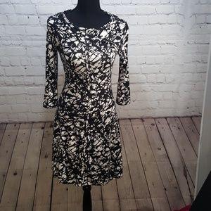 Tart XS black white mid length dress